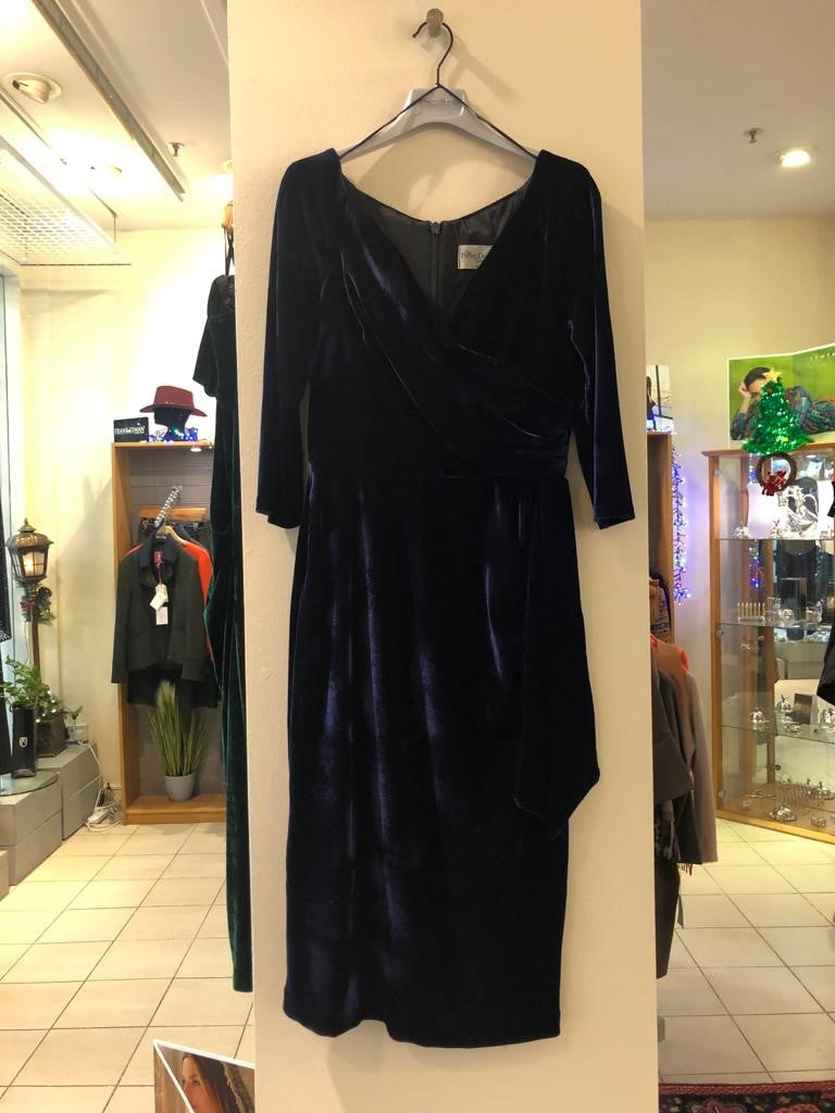 Pretty Dress Company Navy Velvet V-Neck Dress