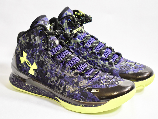 Stephen Curry / Under Armour Dark Matter Sneakers