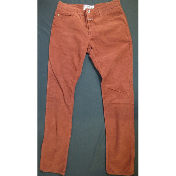 Closed Corduroy Pants