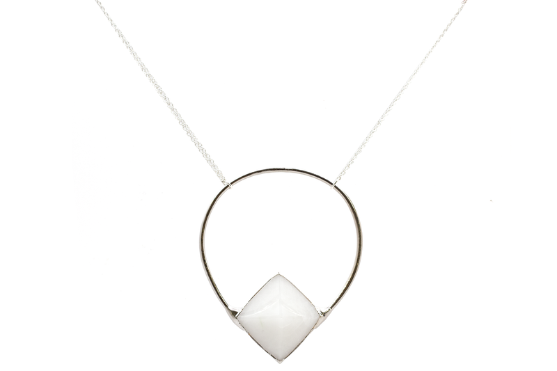 Loop Lynx Necklace