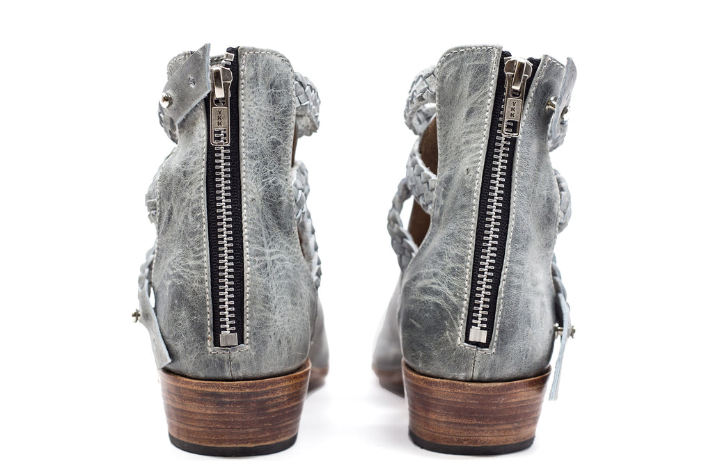Trenza Cut Out Boots