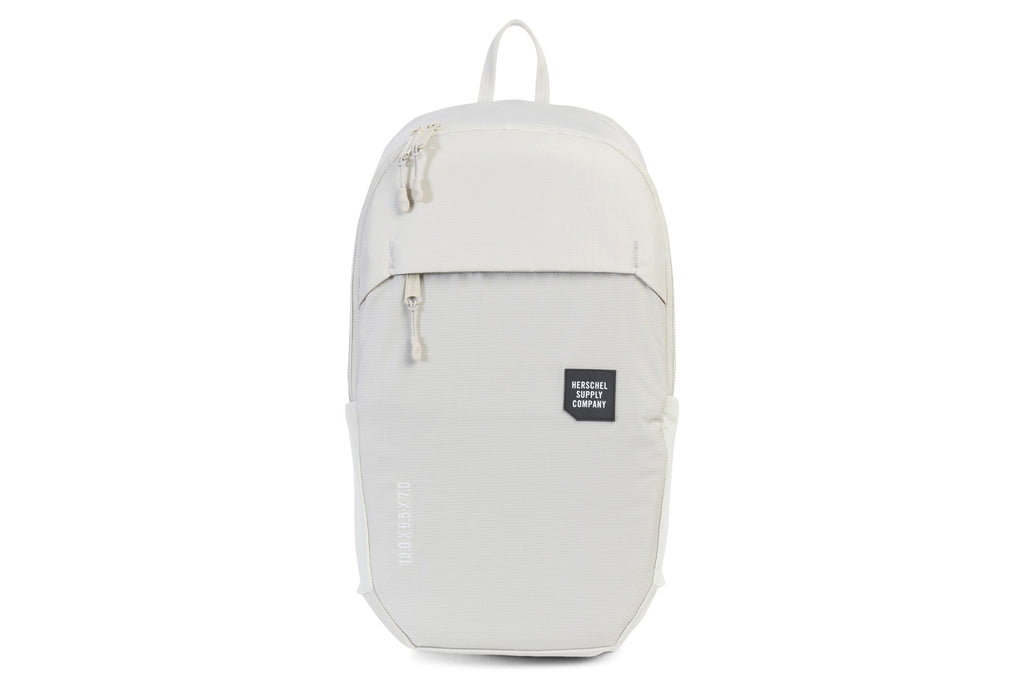 Mammoth Medium Backpack