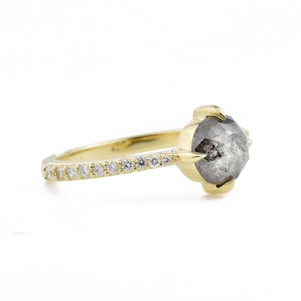 Aria Salt & Pepper Round Diamond Ring