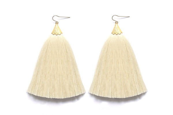 Dusting Tassel Earrings