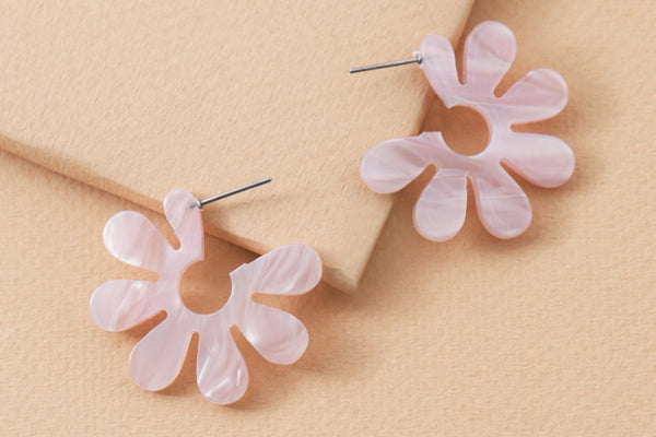 Flower Scallop Earrings