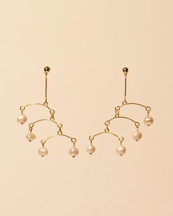 Waterfall Earring in Pearl