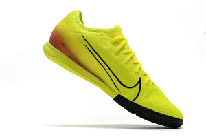 "Chuteira Nike Mercurial Vapor 13 Pro IC ""Dream Speed 002"""