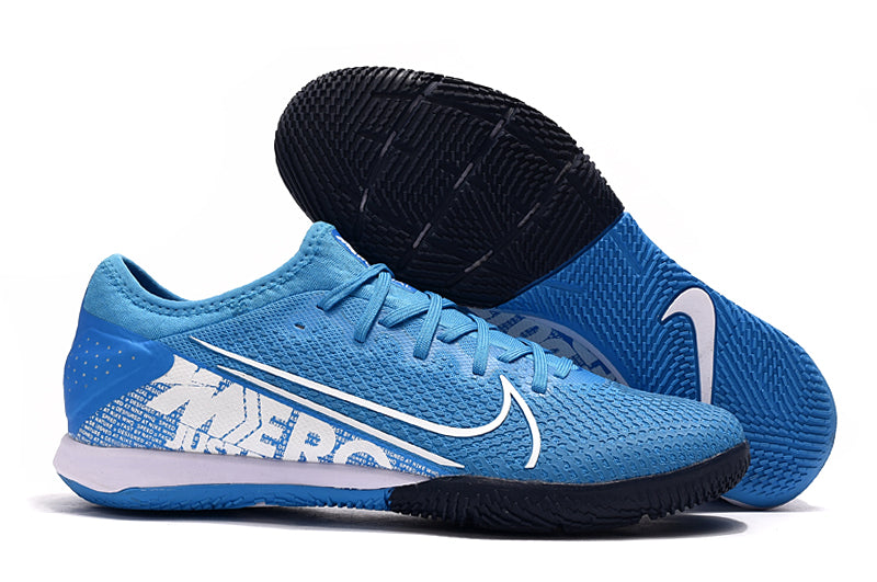 "Chuteira Nike Mercurial Vapor 13 Pro IC ""New Lights"" Azul/Branco"