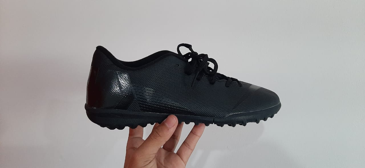 Chuteira Nike Mercurial Vapor 12 Club TF All Black (PRONTA ENTREGA)