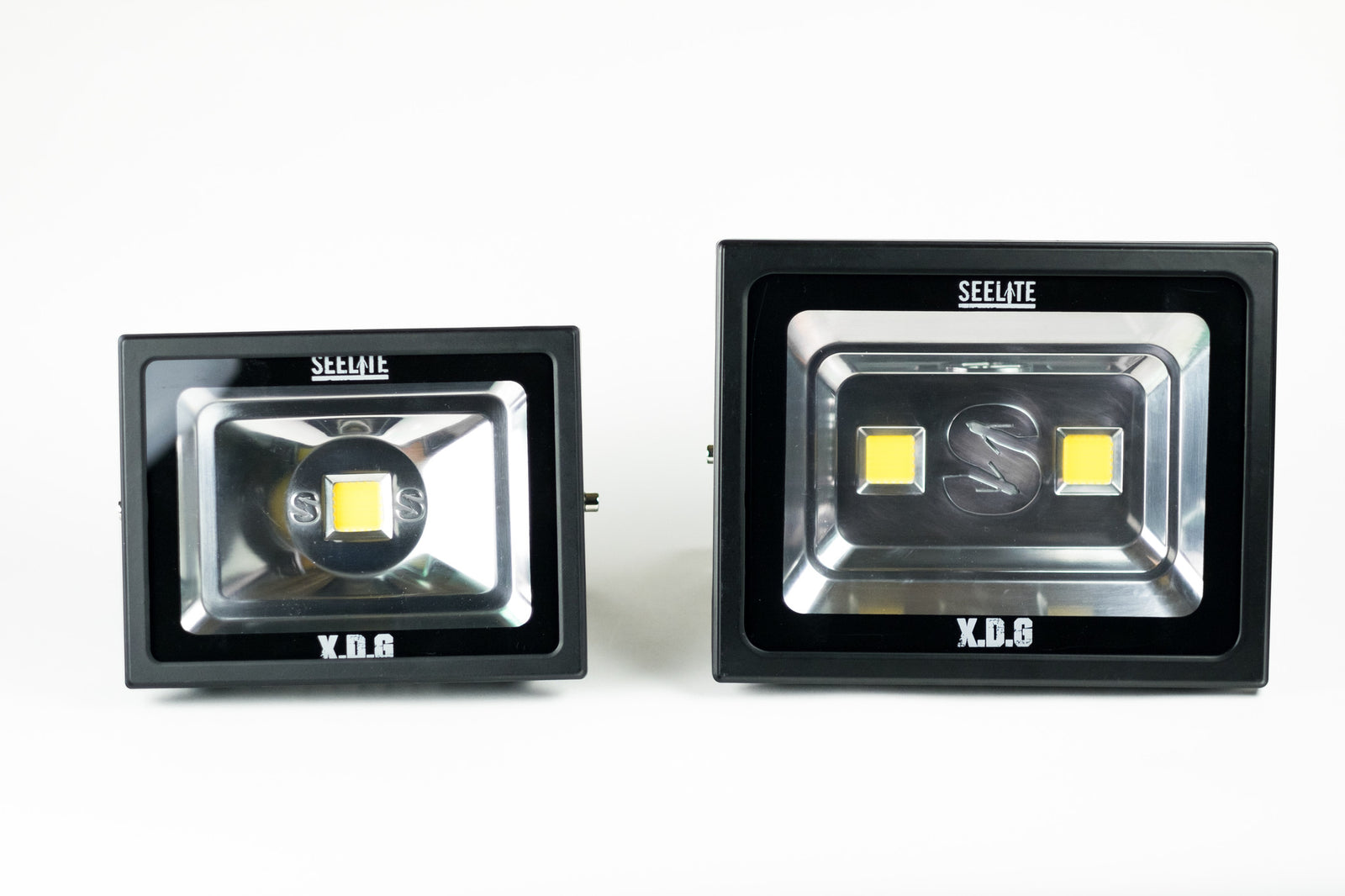 140w TRUEWARM LED Flood Light