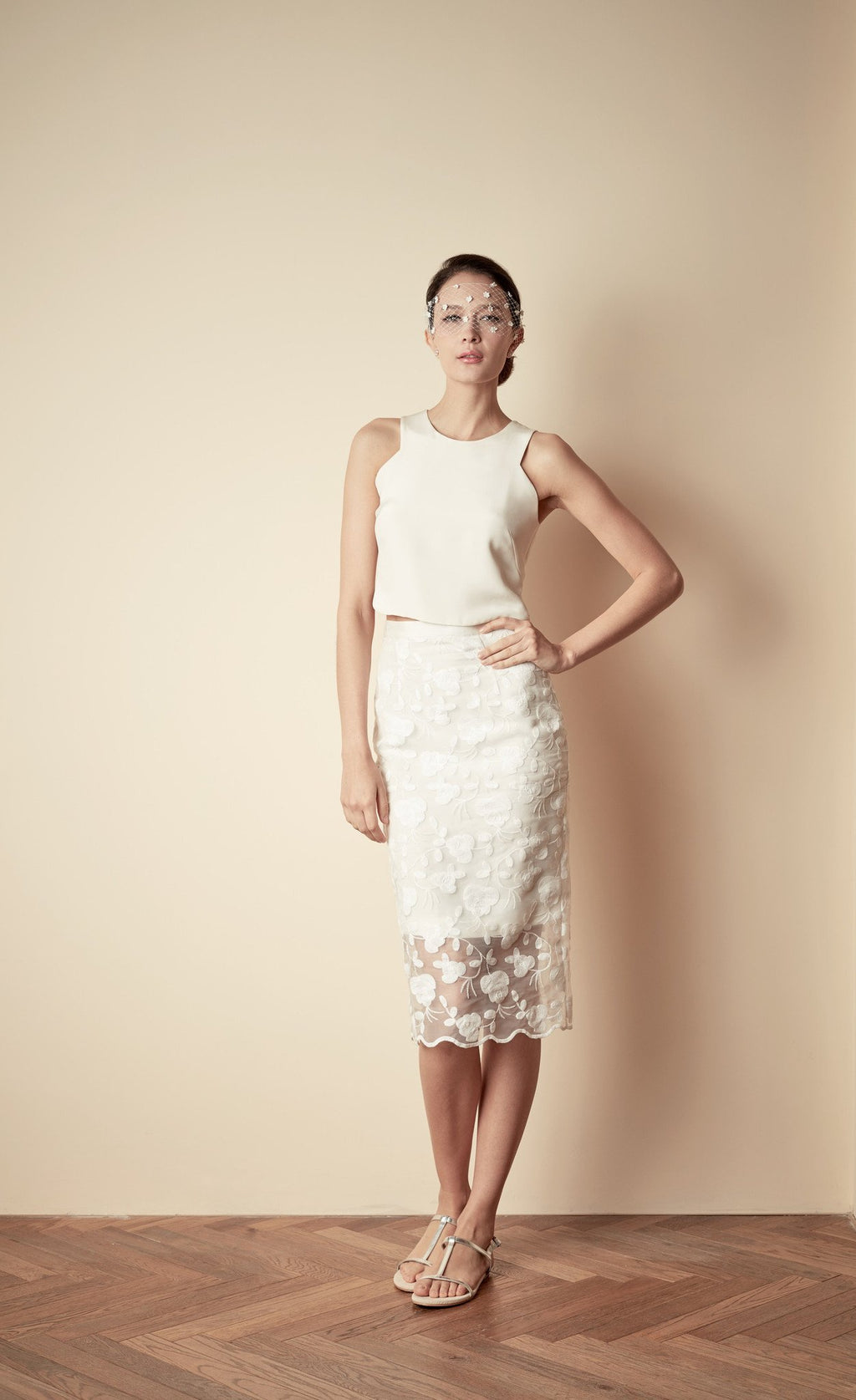 Style: ALICIA Cotton Embroidered Scallop Edge Pencil Skirt - Peony Rice
