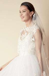 STYLE: JOHANNA Floral Embroidery Lace Applique Veil - Peony Rice