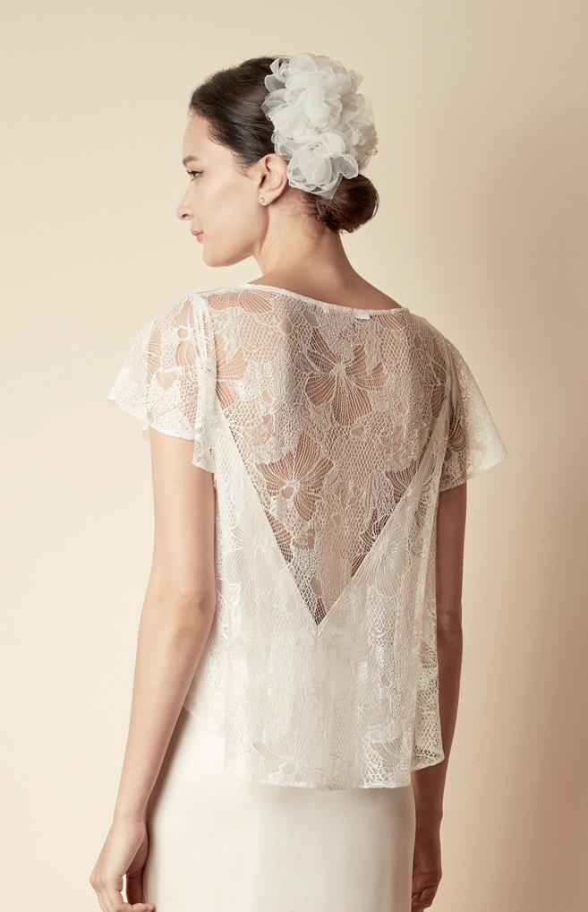 Style: JACKIE Iris Chantilly Lace A-line Swing Top - Peony Rice