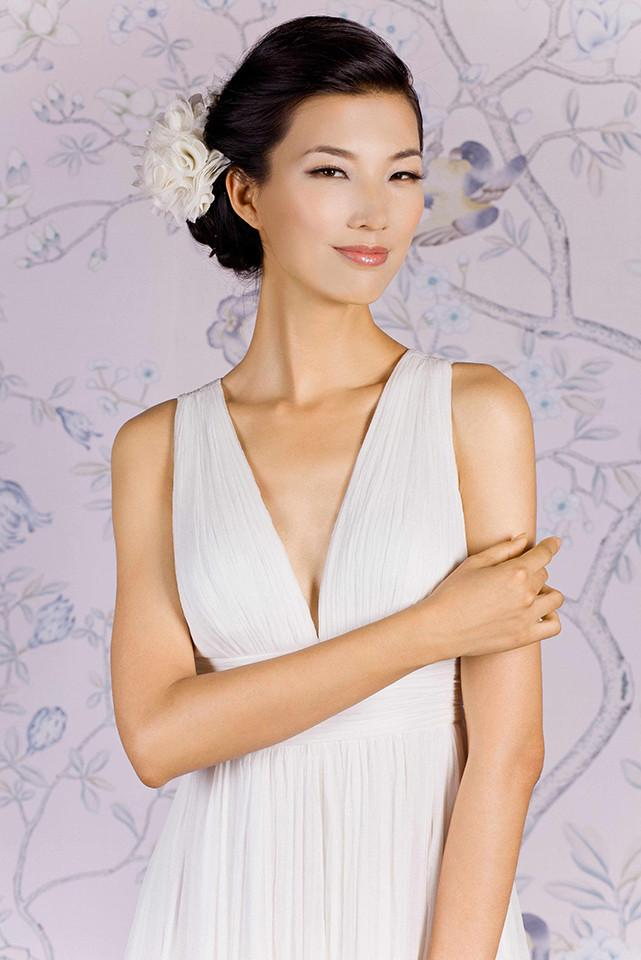 Style: PRISCILLA V- Neck Crinkle Silk Goddess Gown - Peony Rice