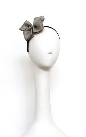 Style: DANI Organdy Silk Origami Bow Head Topping - Peony Rice
