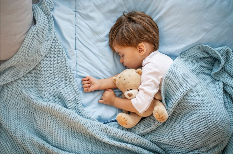 A Complete Guide To Sleep Training Your Baby