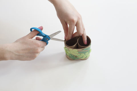 Toilet Paper Roll Binoculars - Craft Activities - Make holes