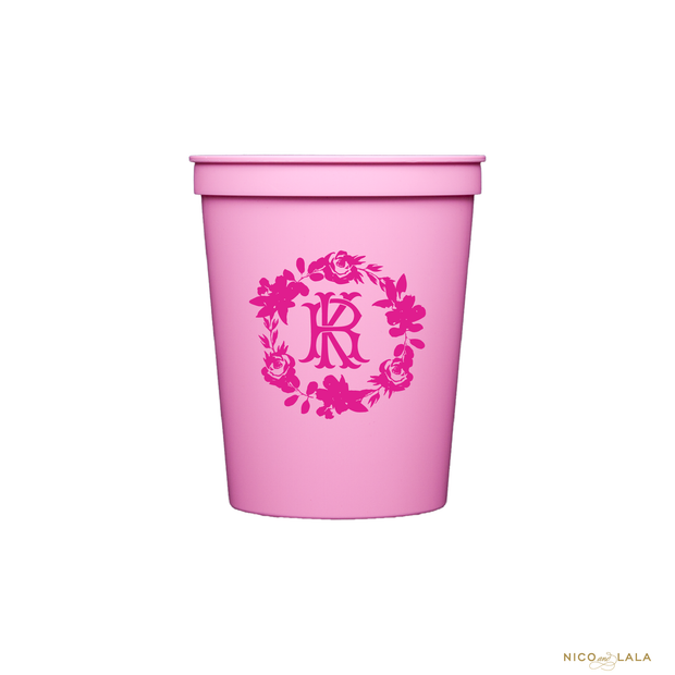 Bright Floral Wreath Stadium Cups