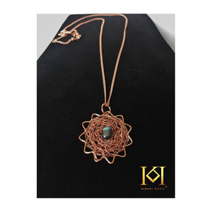 Lakiba - Pendant Necklace and Earrings Set