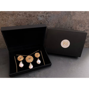 Tearia Earrings and Pendant Necklace Set
