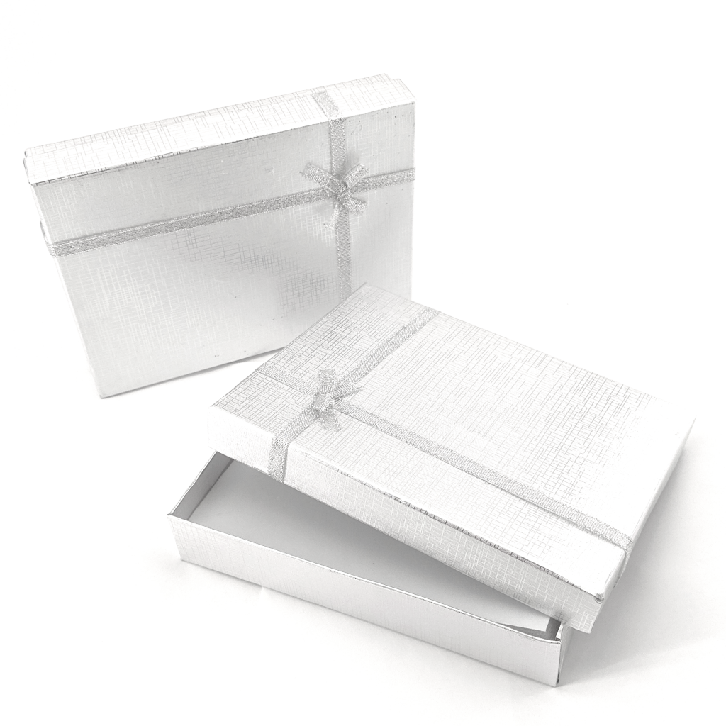 Gift Wrap: Medium Box