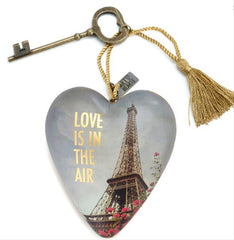 Art Hearts: Love is in the Air