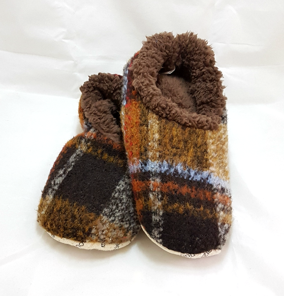 Snoozies Slippers (Men's Sizes)