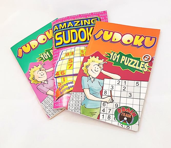 Puzzles & Games Books