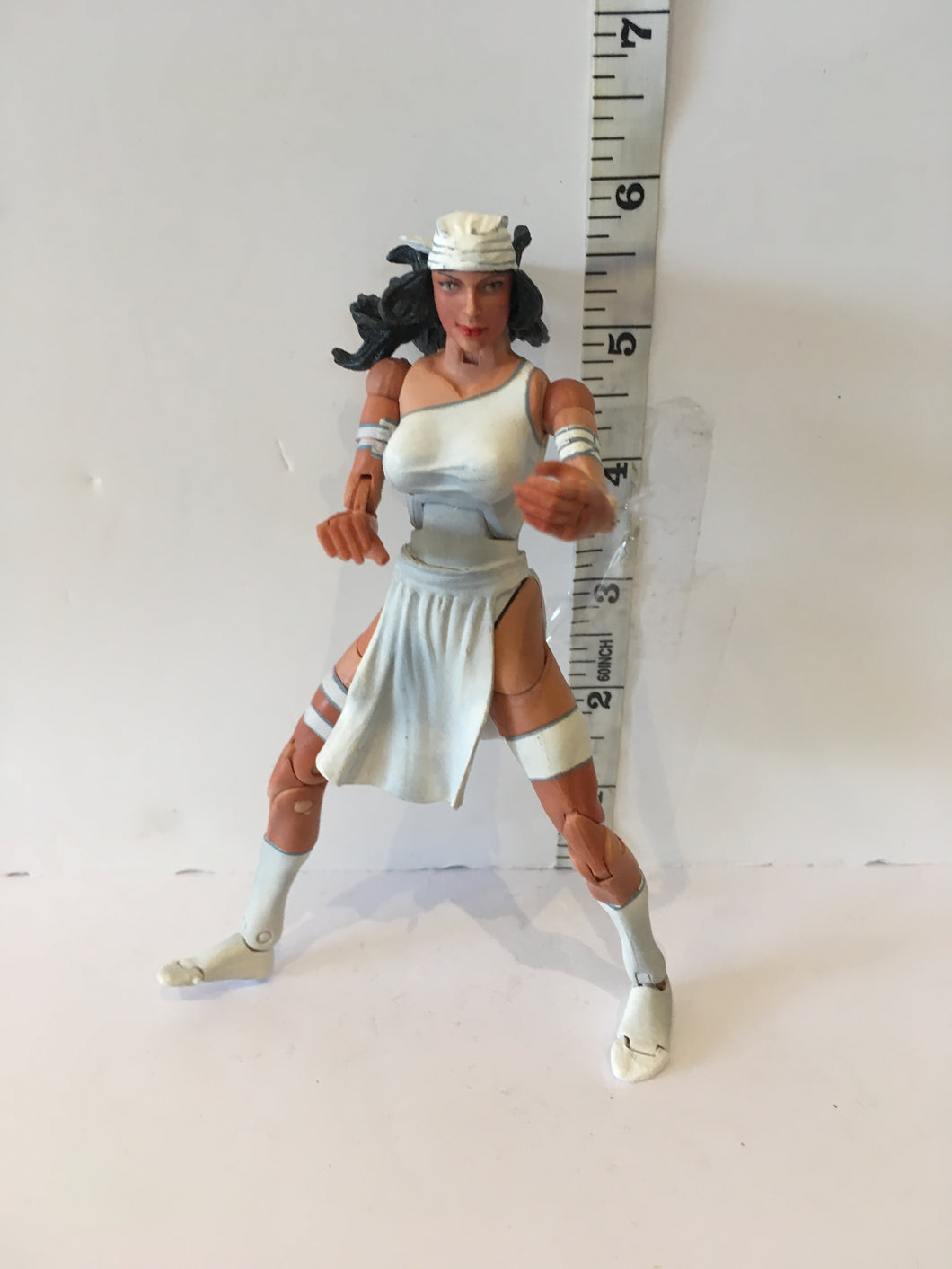 Marvel Legends Toy biz Urban Legends Elektra White Variant Pre Owned Loose Action Figure