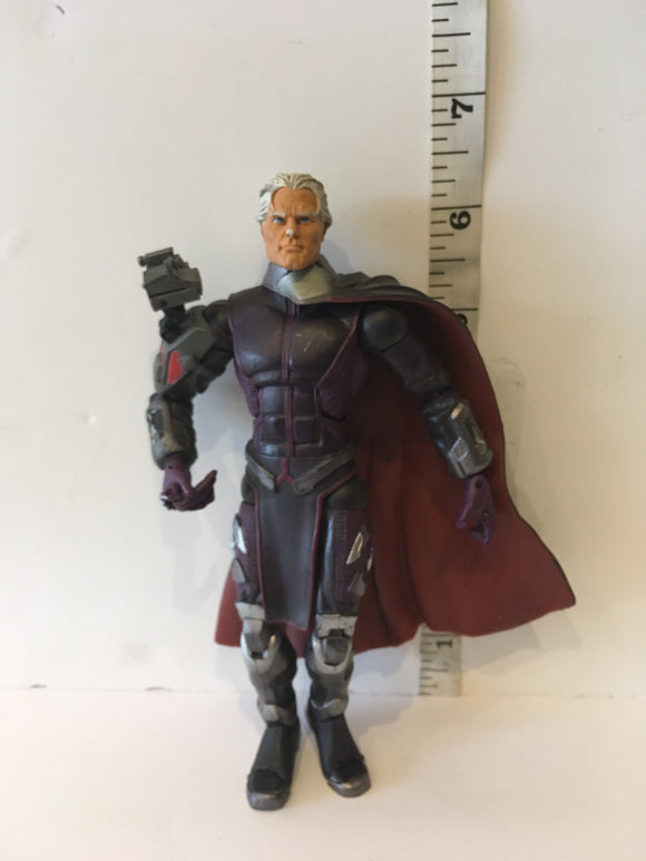 Marvel Legends Toy Biz Classic S1 Magneto Pre Owned Loose Action Figure