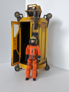Doctor Who Satan Pit Lift Capsule and 10th Orange Spacesuit Dr Pre Owned Loose Action Figure