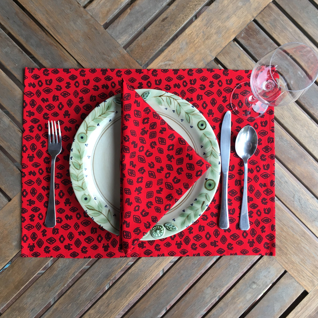 Set of Four Placemats - Fauna de la Costa Print Red