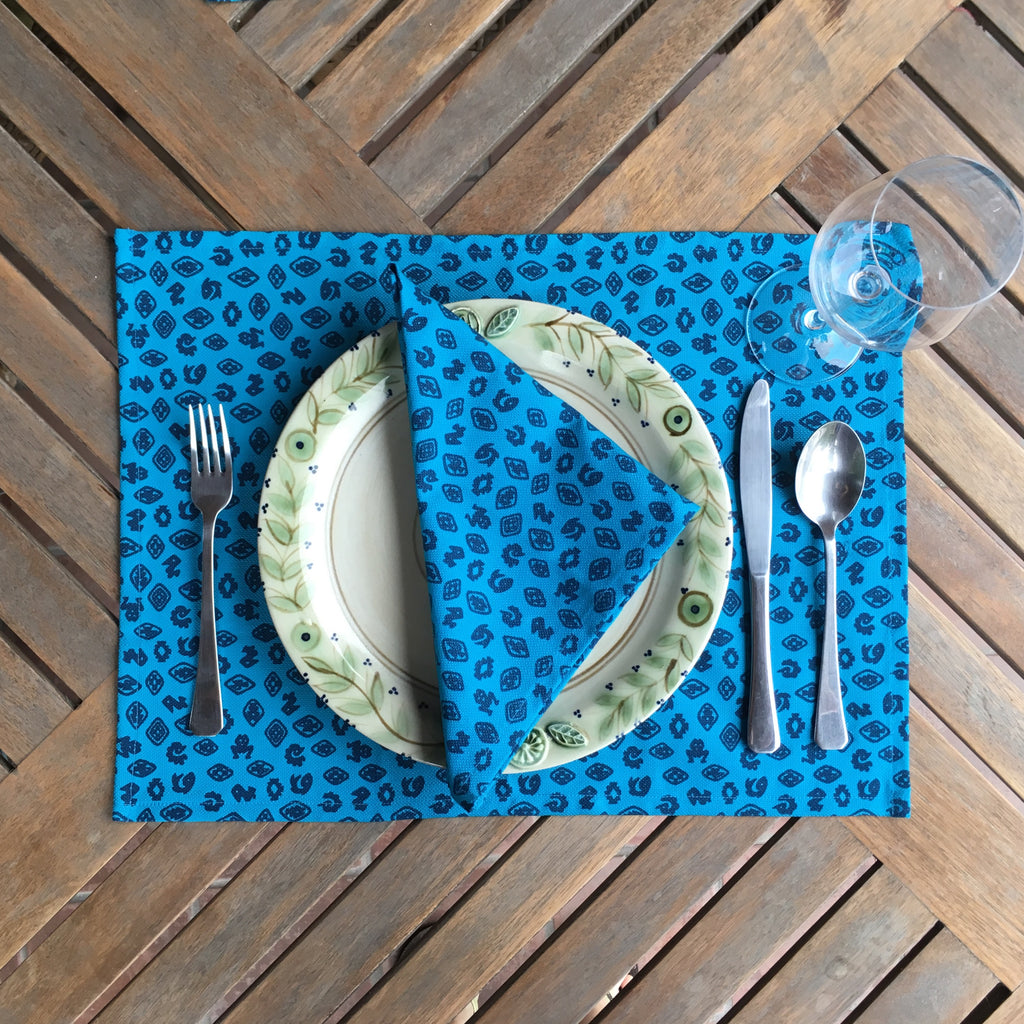 Set of Four Placemats - Fauna de la Costa Print Turquoise