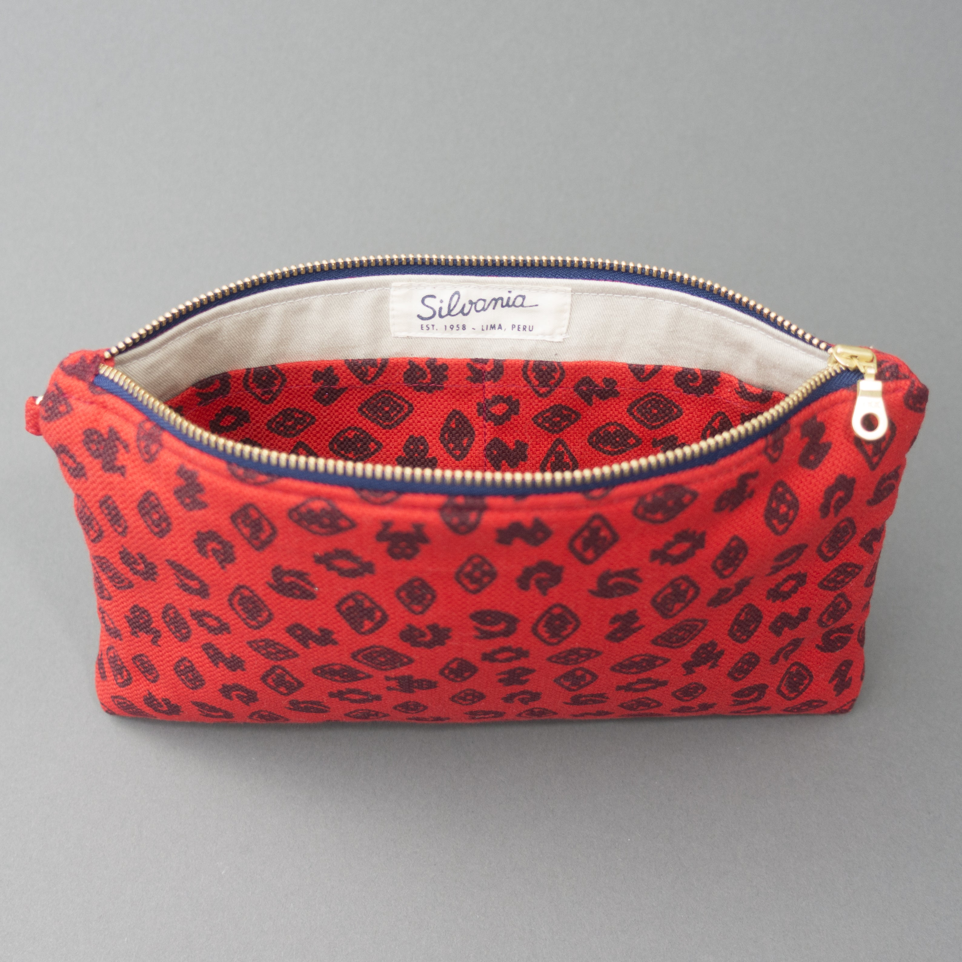 Wristlet Clutch Purse - Fauna de la Costa Print Red