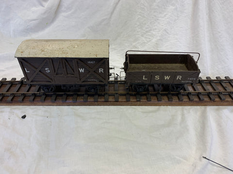 Gauge 1 - 10mm scale - Pair of LSWR wagons