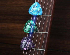 Alice celluloid guitar picks (100pcs) guitarmetrics