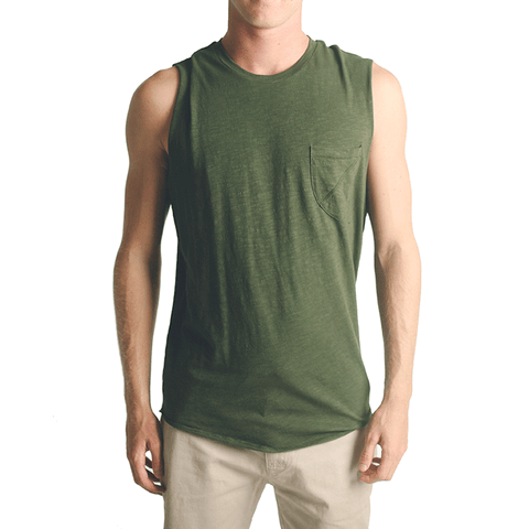 Garth Muscle Tee // Olive