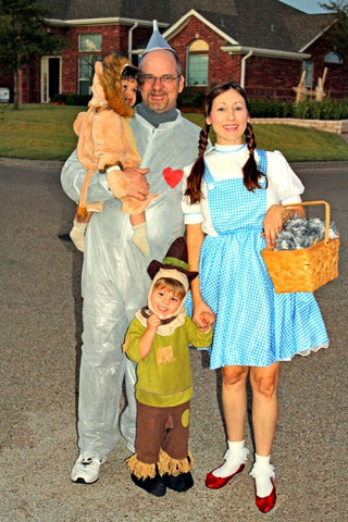 15 creative halloween costume ideas for entire families posted by brandi temple on october 14 2014