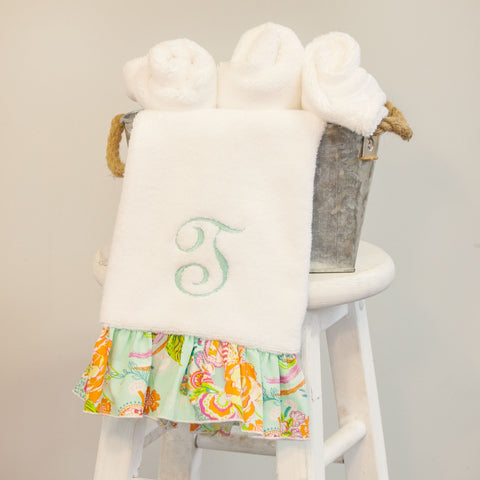 White Hand Towel with Paisley Ruffle