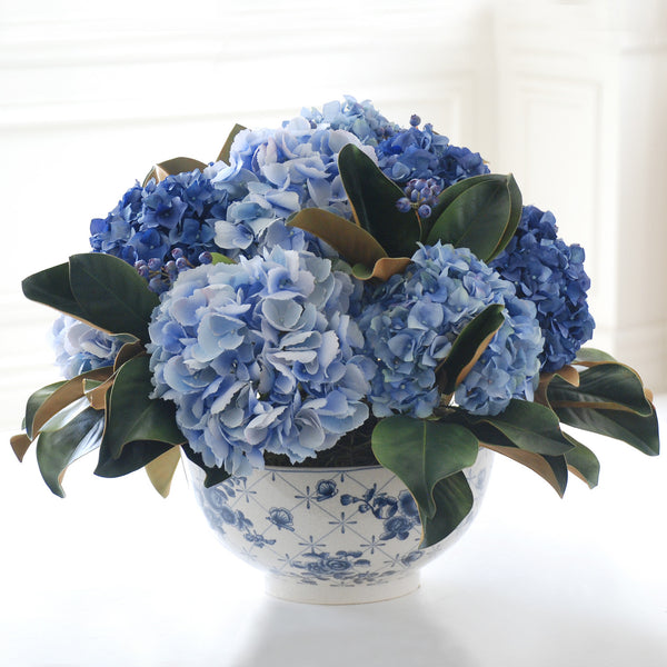 TRUE BLUE HYDRANGEA CENTERPIECE