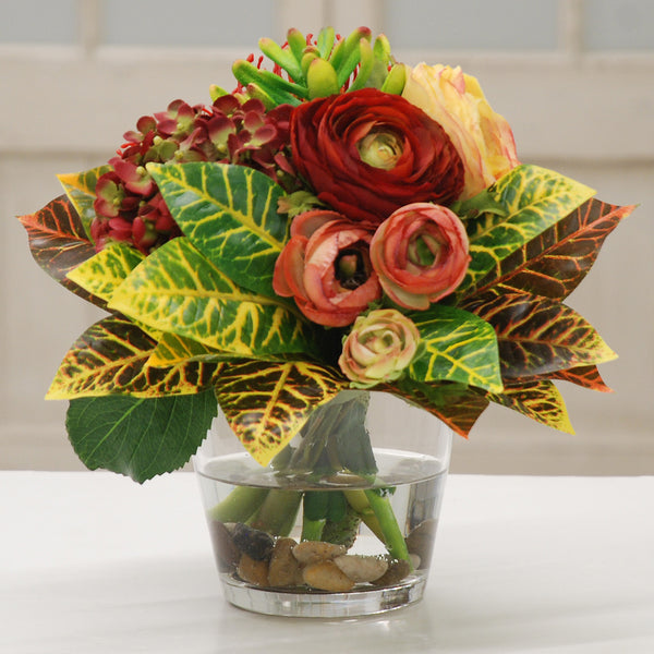 PROTEA AND RANUNCULUS IN GLASS VASE 10""