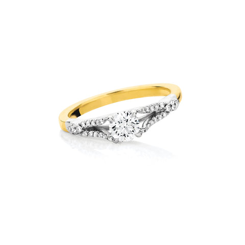 Fine Split Band Diamond Ring