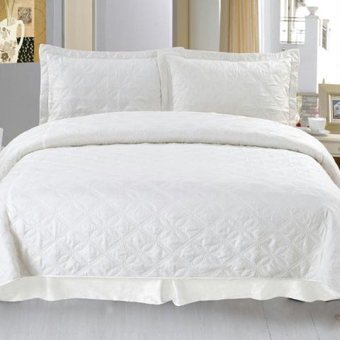 Lavish Home Andrea Embroidered Quilt 3 Pc. Set - Full-Queen