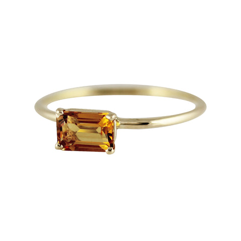14K GARNET OCTAGON  RING