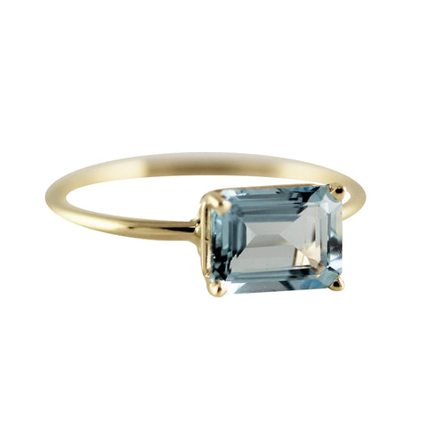 14K 8X6 MM EMERALD CUT AQUAMARINE RING
