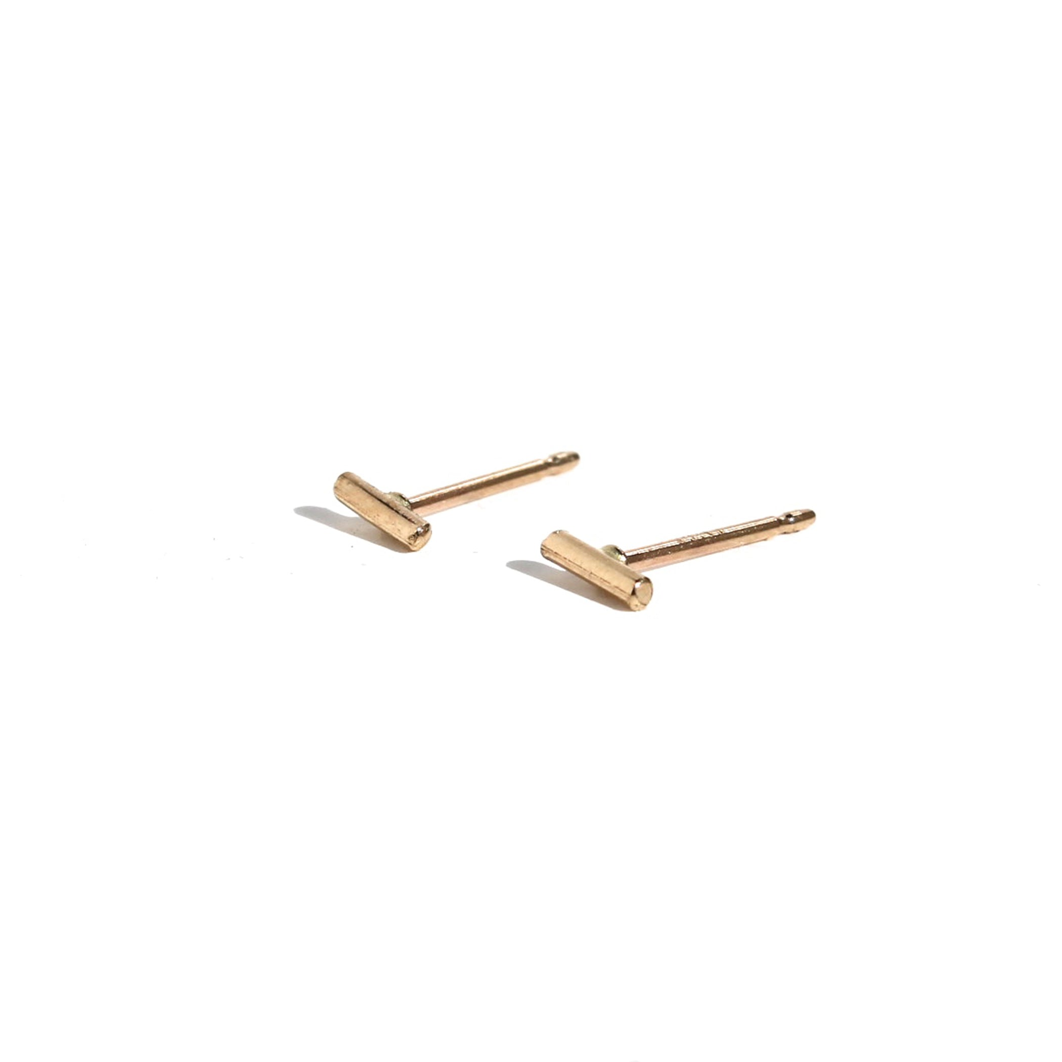 14K 5 MM GOLD STAPLE