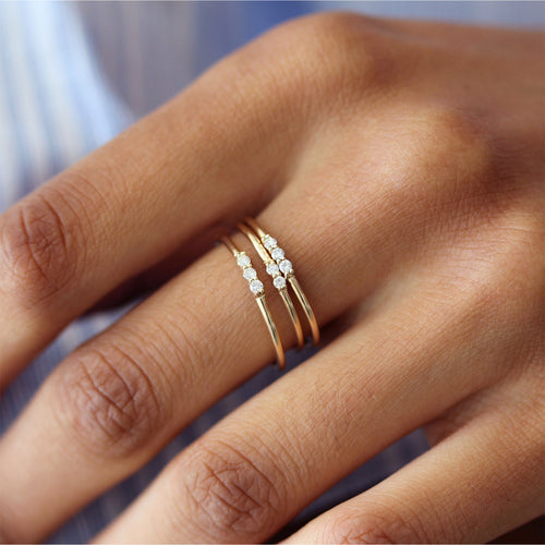 DAINTY 3 WHITE DIAMONDS RING