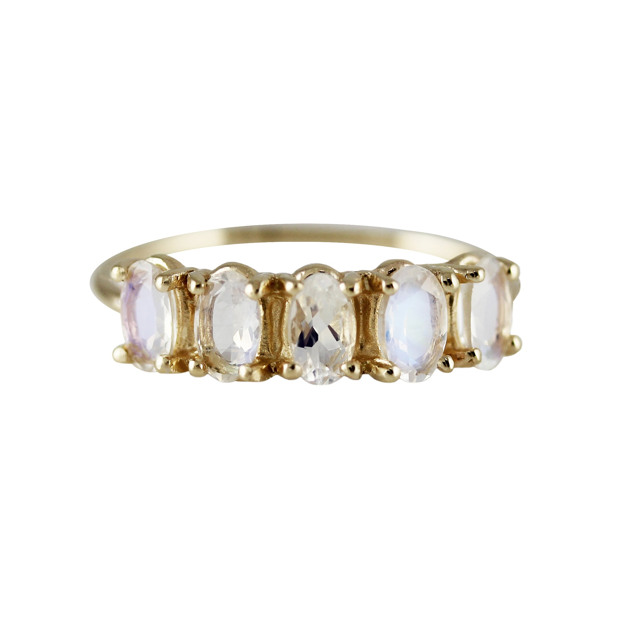 90a5f3ddb92c1 5 OVAL MOONSTONE RING