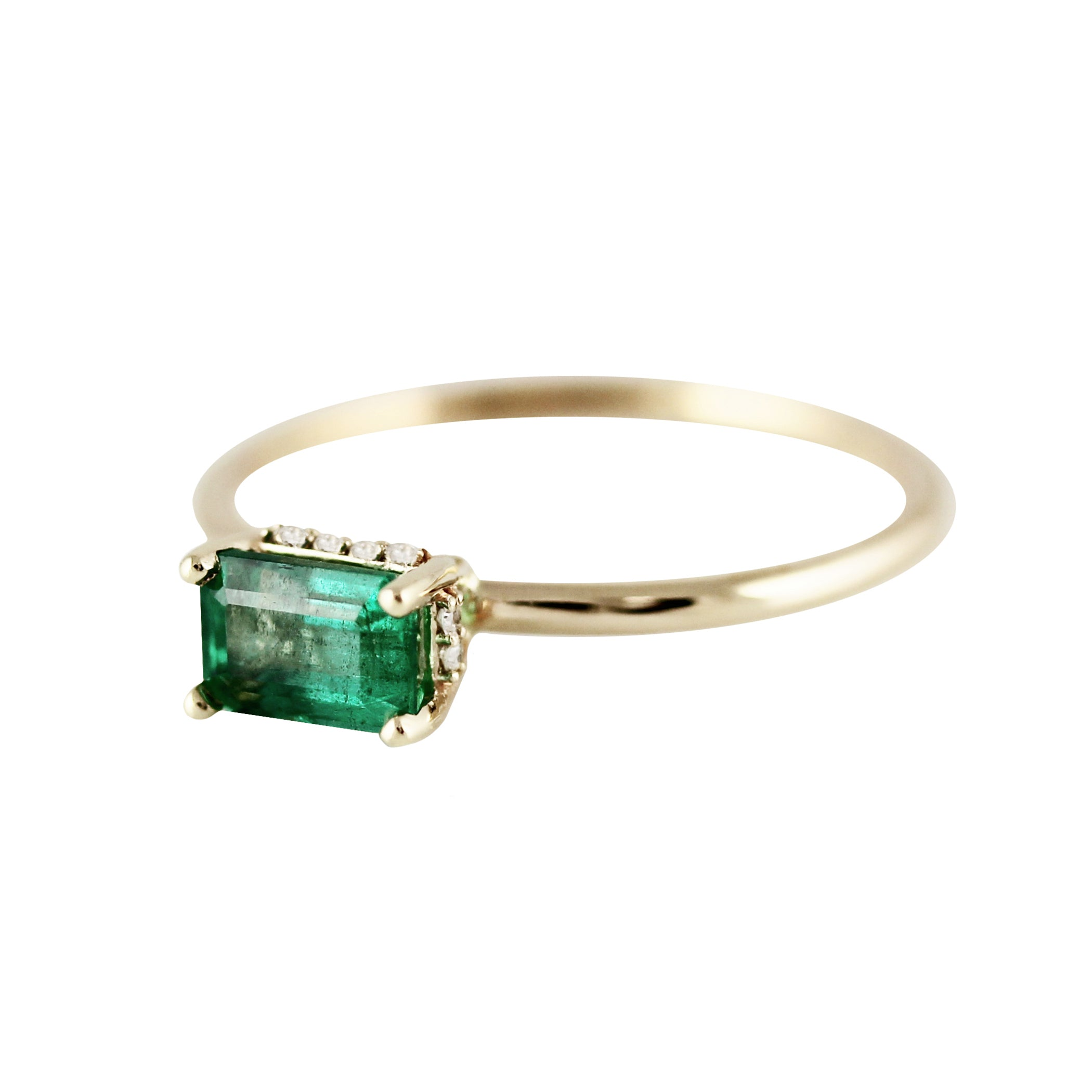6X4 EMERALD WITH SIDE DIAMONDS HALO RING