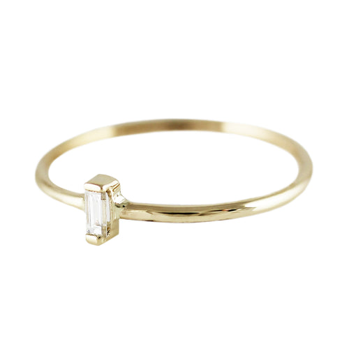 DIAMOND BAGUETTE VERTICAL RING